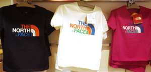 親子でTHE NORTH FACEのTシャツを着て出掛けませんか!